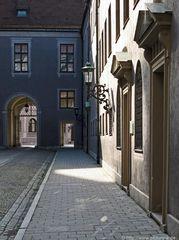 München Hinterhof der Residenz im Licht und Schatten
