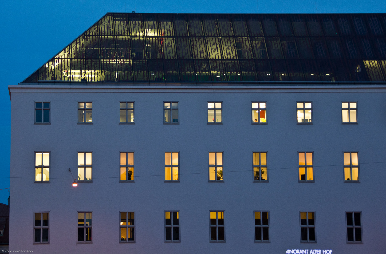 """""""München leuchtet"""" auch durch das Dach hindurch ;-)"""