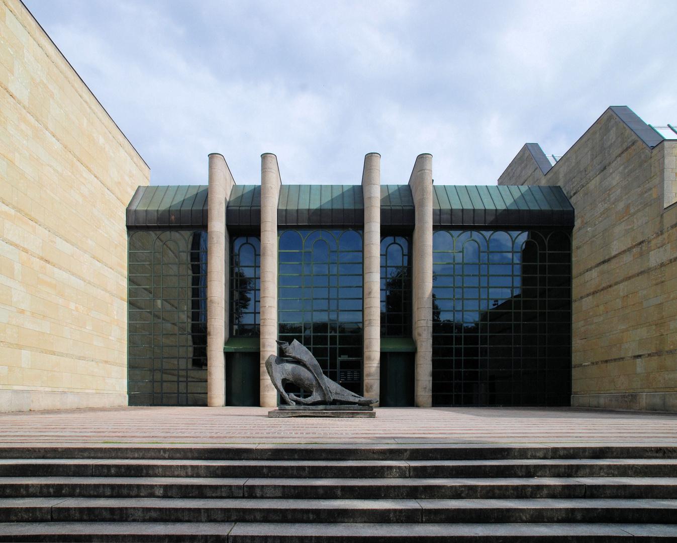 München Neue Pinakothek,(Postmodere 1981) Eingang