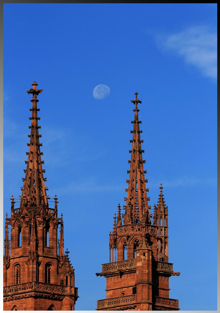Münster Basel (und Mond)