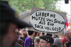 MUETZE oder GeldSACK ? in FFH Blockupy