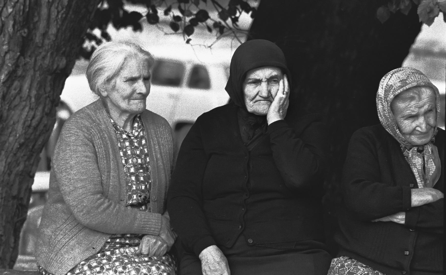 MULLERES . mujeres gallegas.