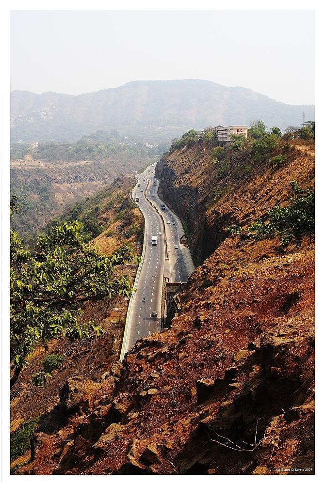 Mumbai - Pune Expressway
