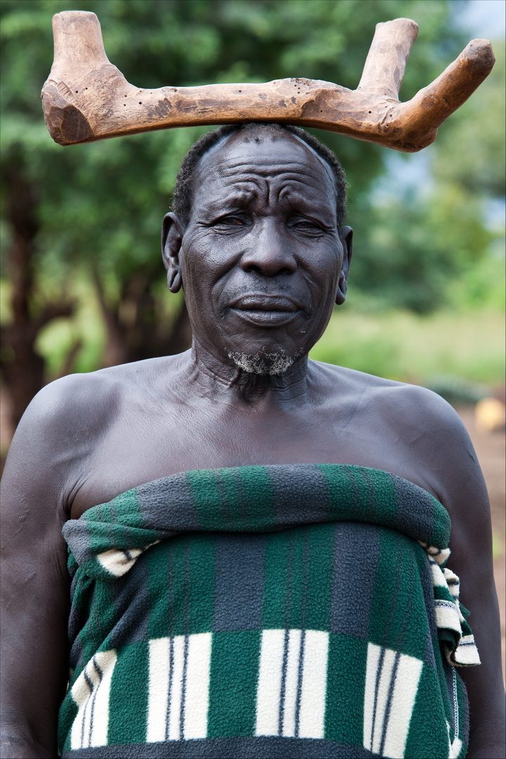 [ Mursi Tribal Chief ]