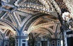 Muschelgrotte im Palazzo Borromeo auf der Isola Bella im Lago Maggiore