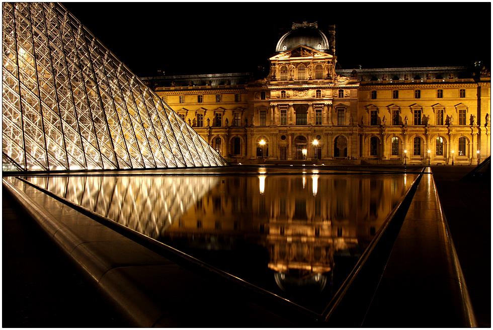 Museé du Louvre de Nuit