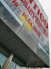 Museum oeffnet SCHWINDEL Stgt P20-20-col +7Fotos