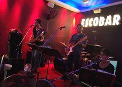 Musik Rock Esco Bar Thai P20-20-col
