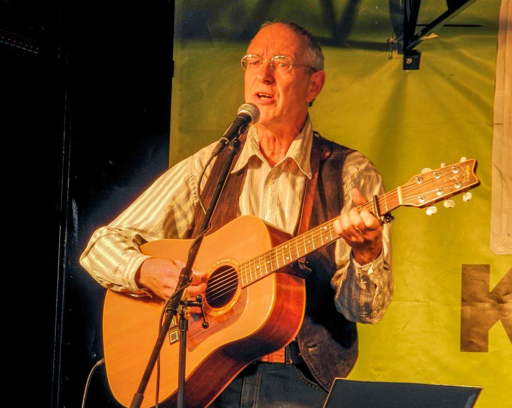 MUSIK vREMO T.FELDER singt K21 Stgt 16-10-17 color GROHMANN