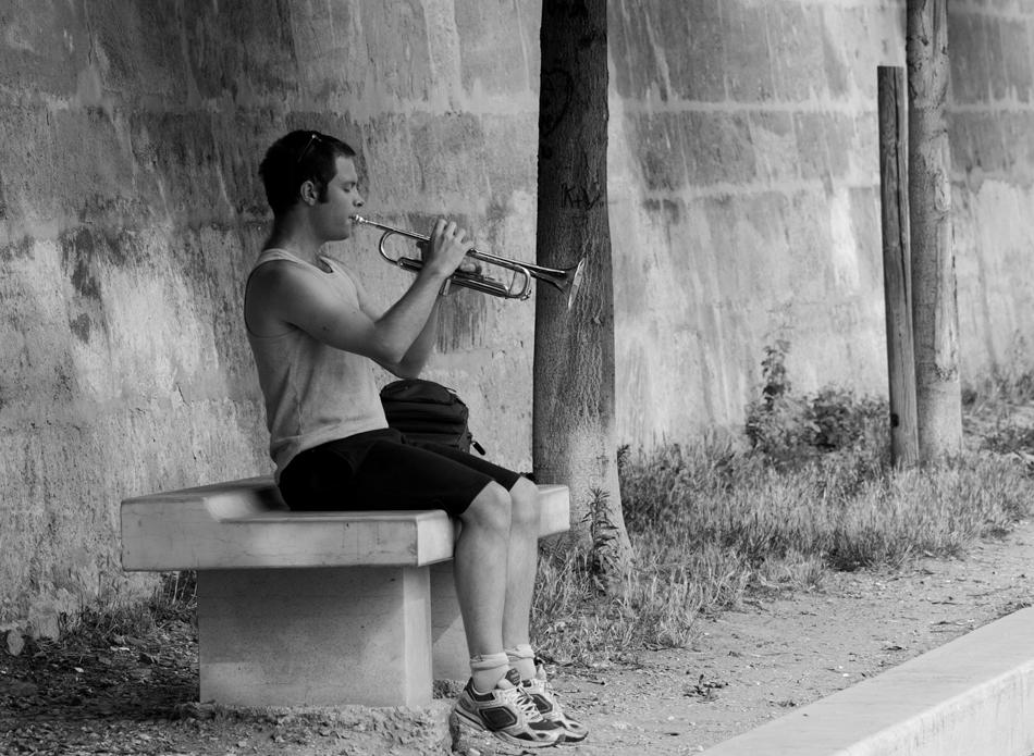 Musiker an der Seine.