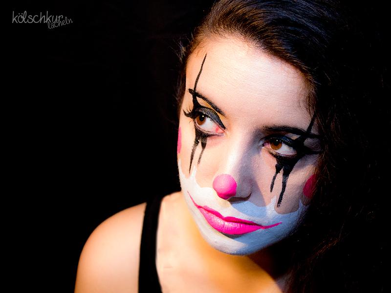 muss ein clown immer lächeln?