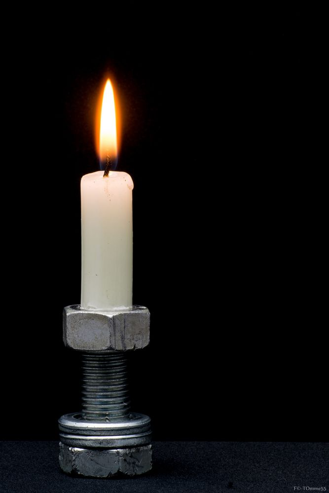 Mutter mit Kerze