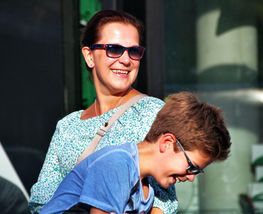 Mutter und Sohn. Foto & Bild   people, outdoor, woman