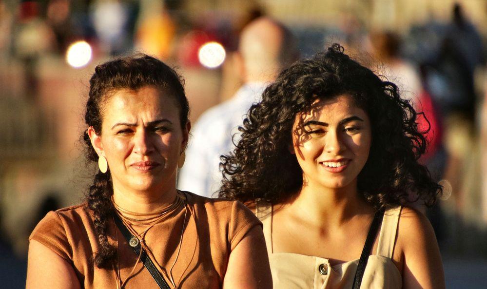 Mutter und Tochter Foto & Bild   people, outdoor, portrait