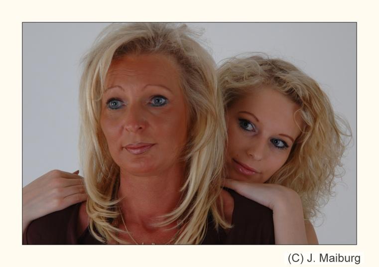 Mutter und Tochter Foto & Bild   portrait, portrait frauen