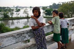 Myanmar (62)