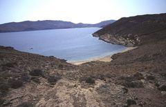 Mykonos - ein menschenleerer Strand trotz Hochsaison