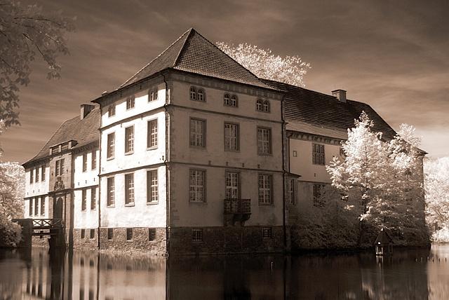 Mystic Castle (IR)