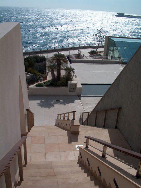 Mythos Monaco - Blick vom Grimaldiforum westwärts