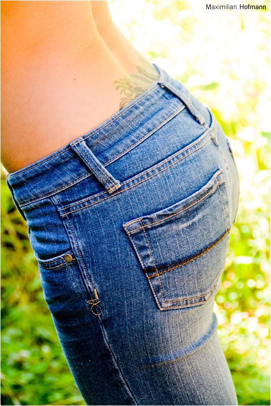 N° 43 (Blue Jeans)