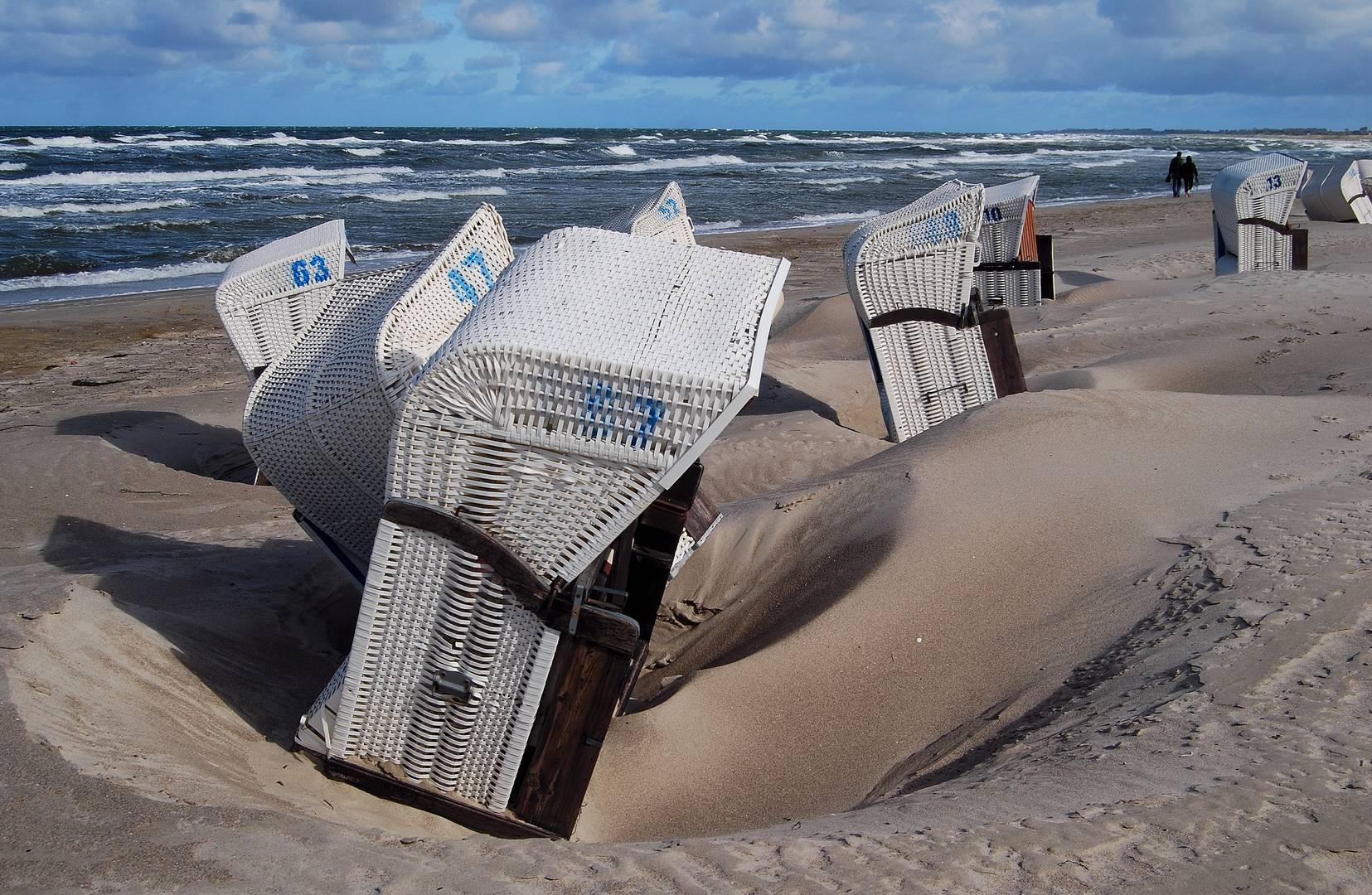 nach dem Sandsturm - Ostseebad Dierhagen 1