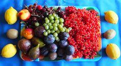 Nach Spargel und Erdbeeren