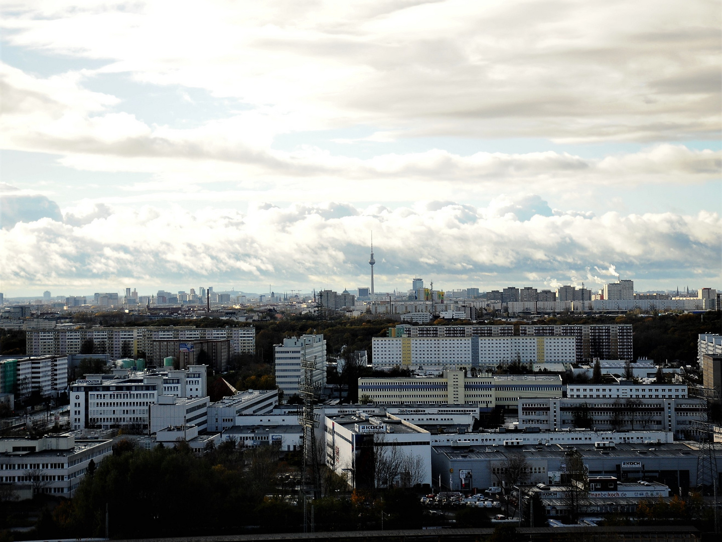 Nach Sturm  - der Himmel über Berlin