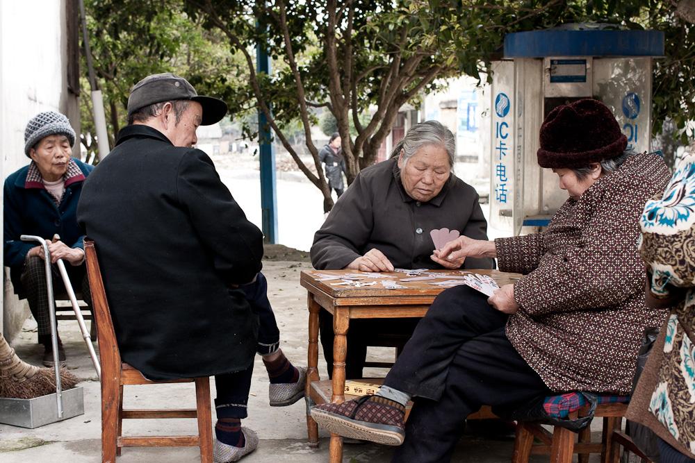 Nachmittags beim Kartenspiel