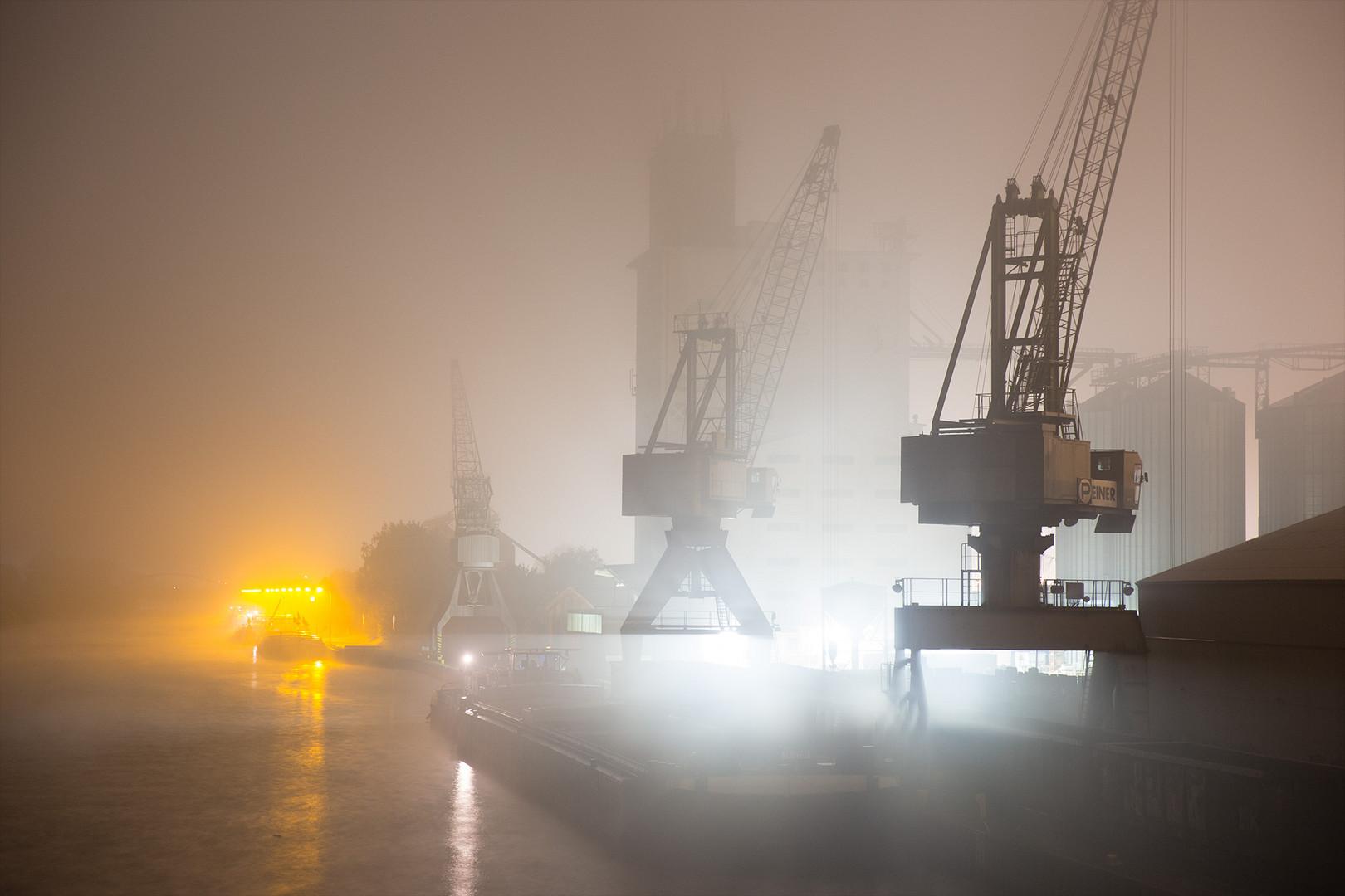 Nacht am Kanal