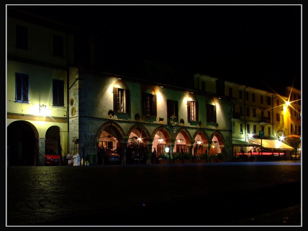 Nacht in Arona (Lago Maggiore)