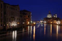 Nacht in Venedig