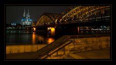 Nachtgespräche am Rheinufer