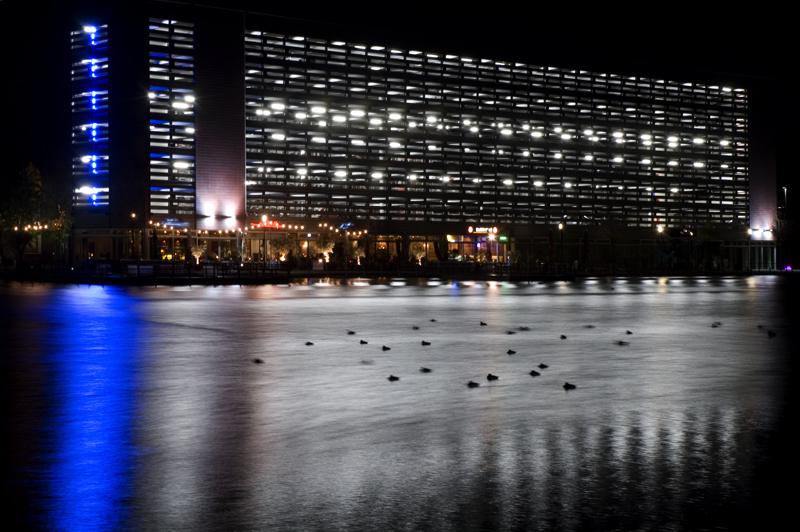 Nachtruhe im Duisburger Innenhafen