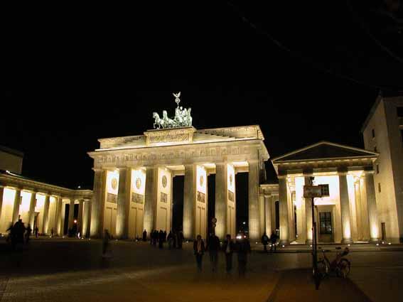 Nachts am Brandenburger Tor...