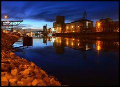 Nachts am Hafen II