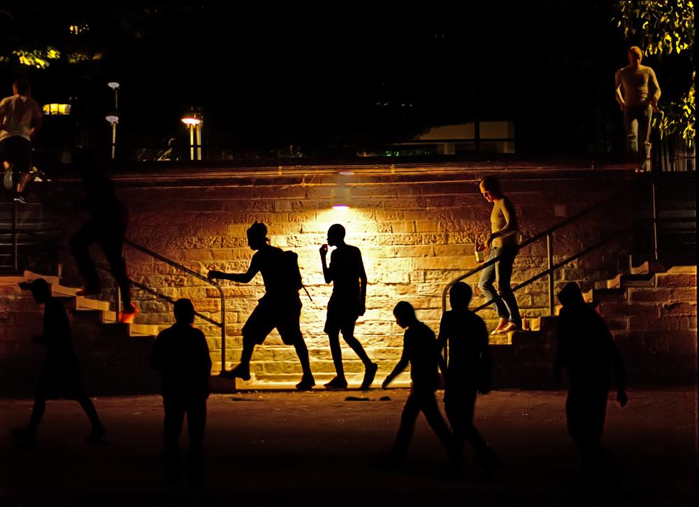 Nachts am Mainufer
