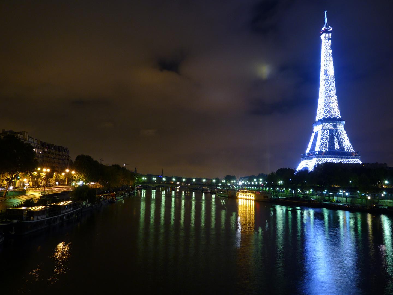 Nachts an der Seine..