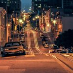 Nachts auf den Straßen von San Francisco
