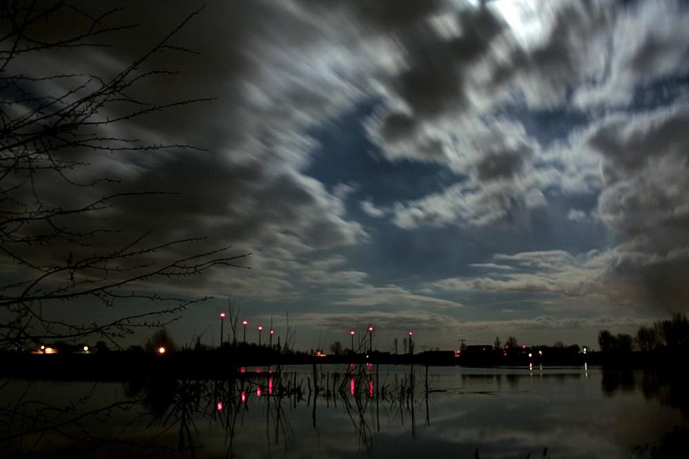 Nachts auf der Suche nach dem Paradies....