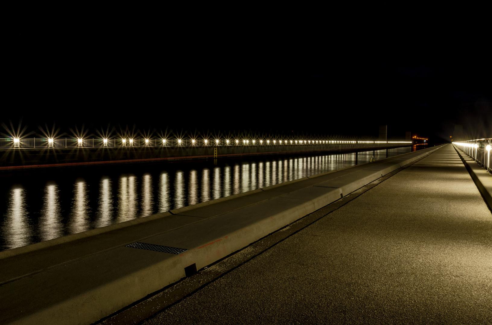 Nachts auf der Trogbrücke