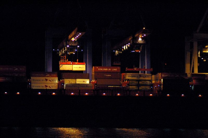 Nachts im Hafen*