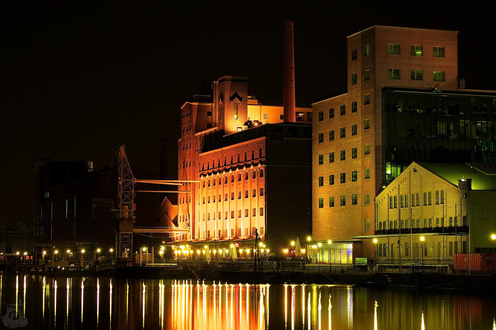 Nachts im Innenhafen VIII