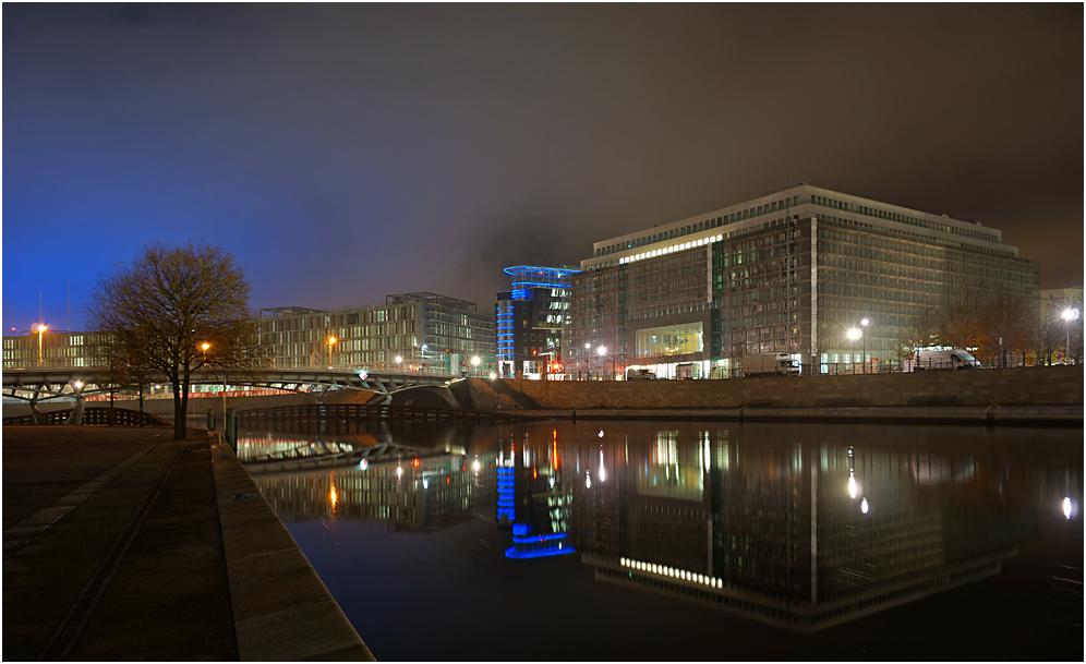 Nachts im Regierungsviertel 11