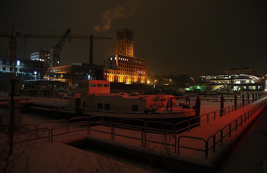Nachts im Tempelhofer Hafen, 17.01.10 – 05