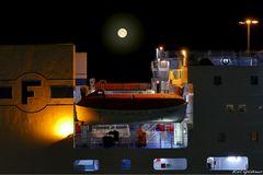 Nachts im Travemünder Fährhafen