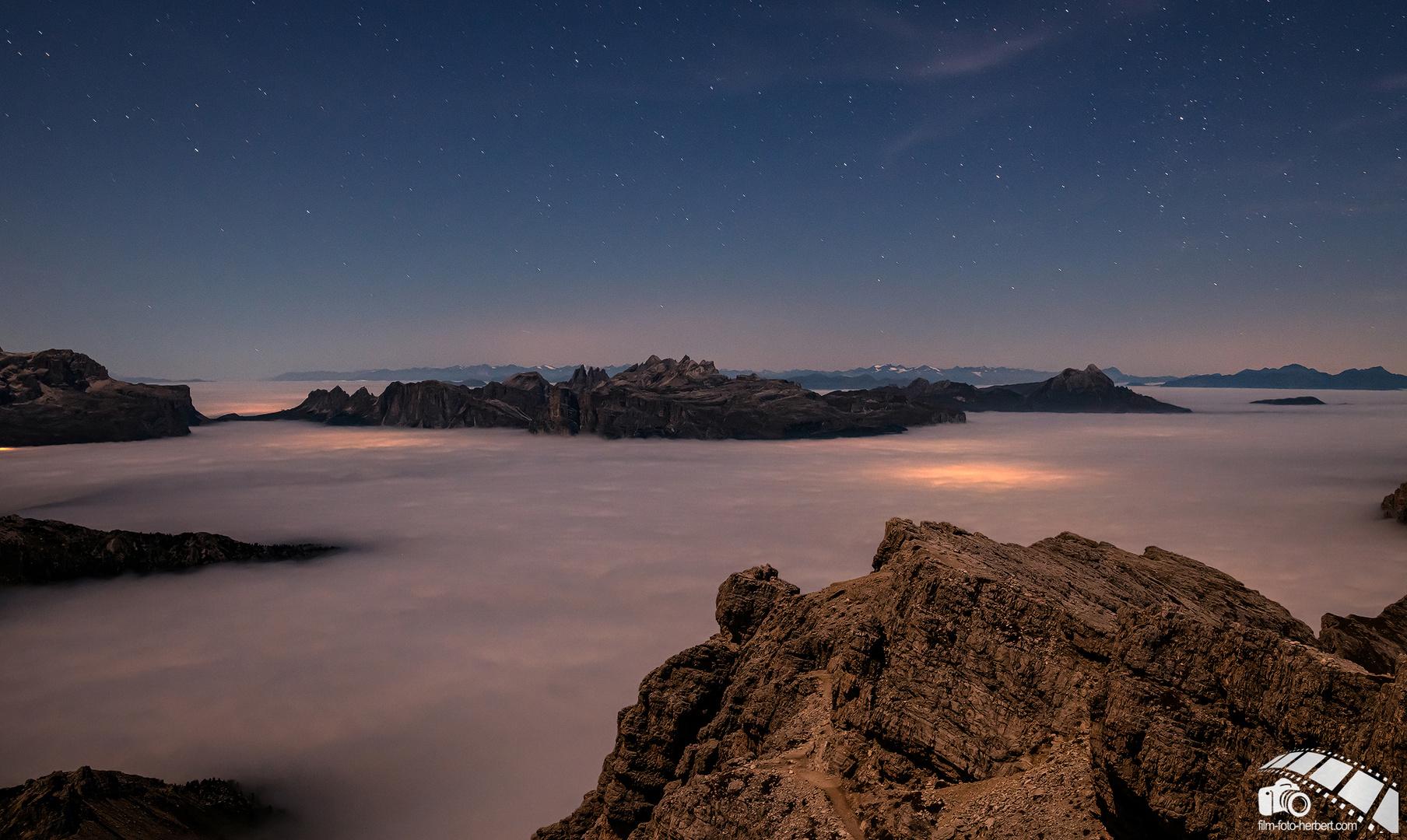 *** Nachts in den Dolomiten ***
