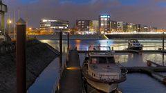 Nachtstimmung in der Marina Duisburg