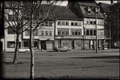 ... Nachwende-Sonntagsruhe am Domplatz ...