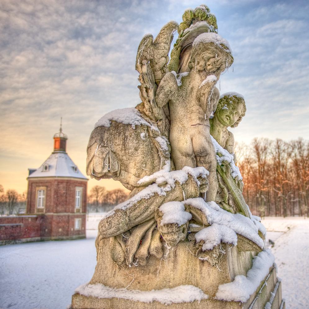 Nacktarsch im Schnee