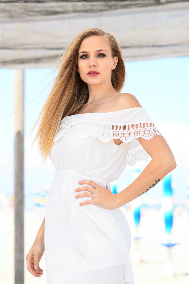 Nadia 4
